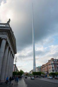 O'Connell Street e a Spire em Dublin