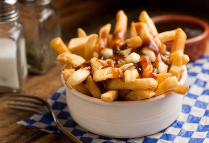 Batatas são comidas típicas do Canadá