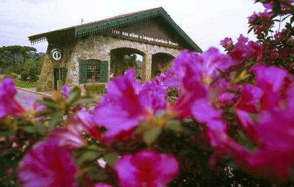 Pórtico entrada Nova Petrópolis - Mapa de Gramado. Foto: Reprodução, site da Prefeitura de Gramado