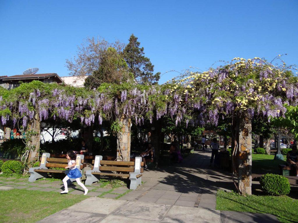 Primavera em Gramado: Praça Major Nicoletti - Mapa de Gramado. Foto: Bárbara Keller