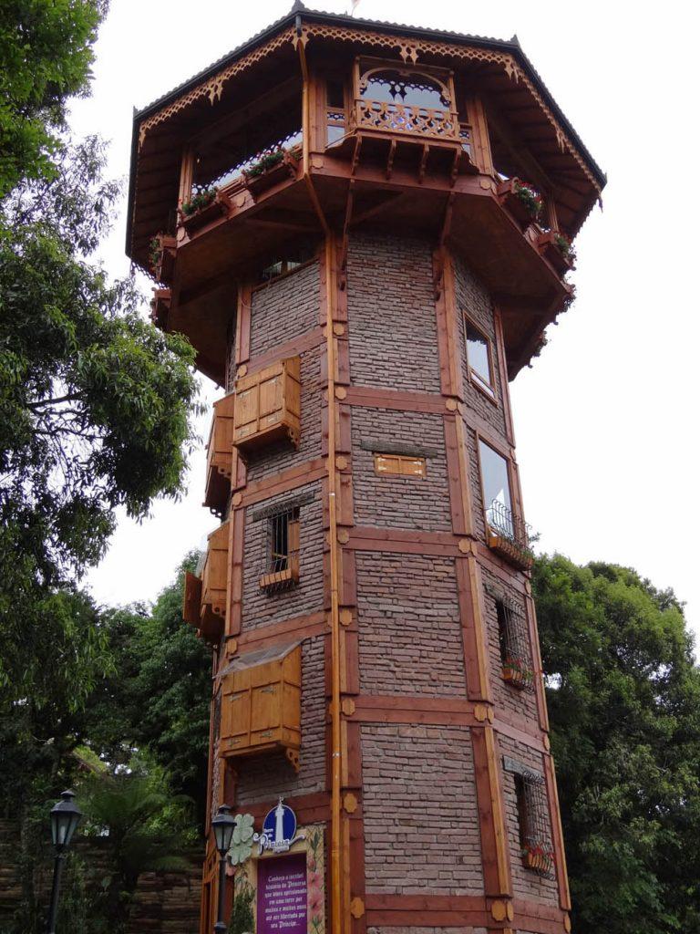 Parque Alemanha Encantada: Torre da Princesa Rapunzel - Mapa de Gramado. Foto: Bárbara Keller
