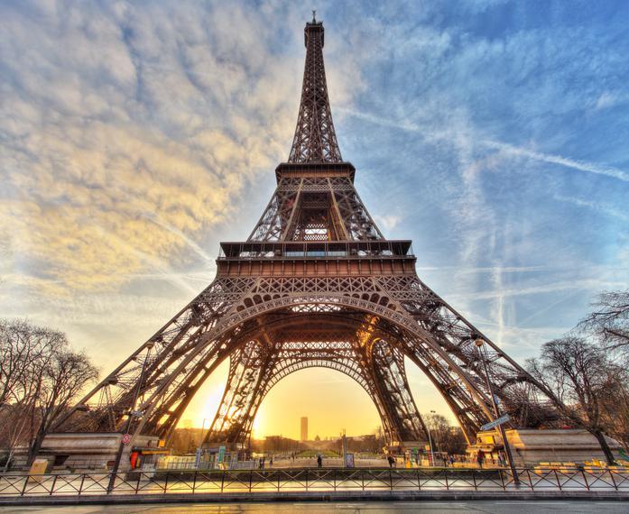 Torre Eiffel - pontos turísticos de Paris