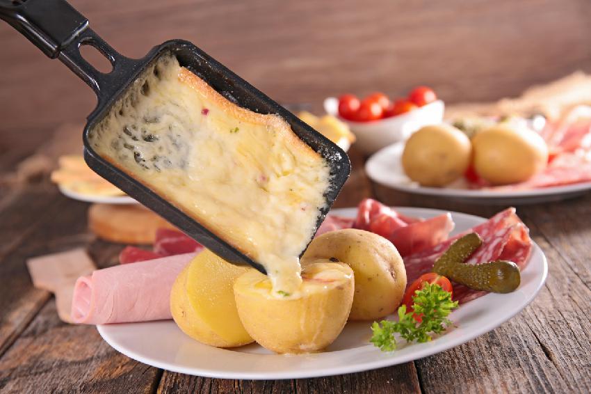 8be109e8bf4 5 Comidas Típicas da Suíça (e as melhores sobremesas!)